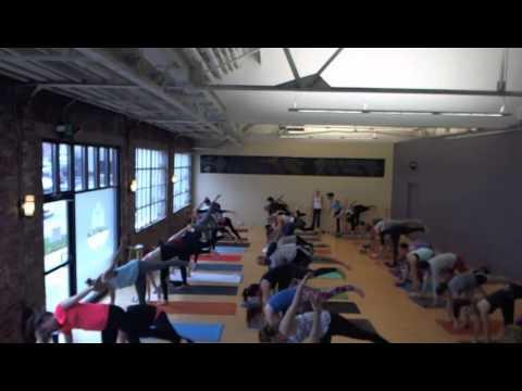 Julie Mathers's 700 AM Baptiste Vinyasa Flow on Saturday, January 03, 2015 at Evolution Power Yoga