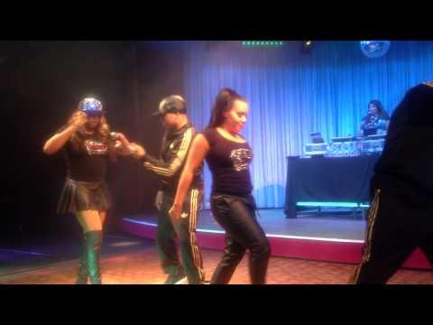 Salt-N-Pepa - Push It (Live at Cove Haven Resort)