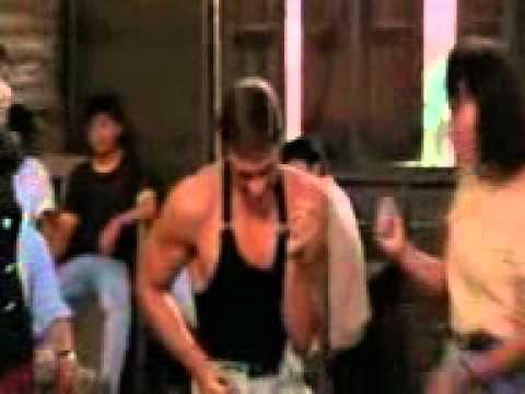 Van Damme ona tańczy dla mnie