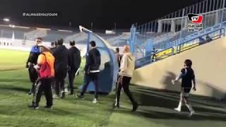لحظة وصول فريق المصري البورسعيدي لأداء أول مباراة له في القاهرة منذ ٢٠١٢