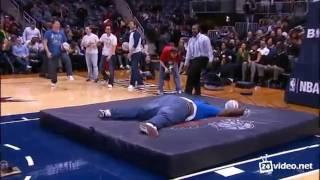 Самый неудачных прыжок на батуте в баскетболе !!!(, 2016-08-20T16:20:42.000Z)