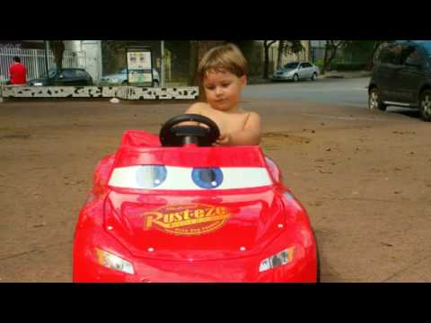 Lucas e Relâmpago McQueen Travel Video
