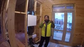 видео Делаем электропроводку в деревянном доме своими руками