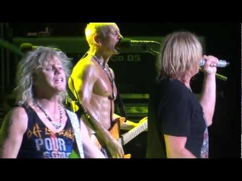 def-leppard:-pour-some-sugar-on-me-(20120707-dte).mts