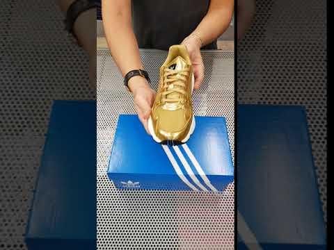 6224afa31b60f Adidas Falcon W Gold (CG6247) - YouTube