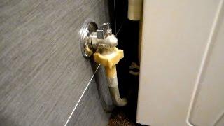 Как своими руками установить кран на воду,для стиралки(В этом видео показано все очень подробно и по всем этим пунктам также:розетки,выключатель,подиум под стирал..., 2016-05-18T13:17:03.000Z)