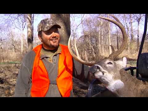 Hunting Big Bucks - The Mississippi River Whitetail Rut With Greg Hackney - Sportsman TV Remix
