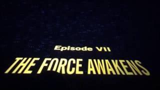 STAR WARS Force Awakens Opening Night Crawl Audience Reaction (no spoilers!)