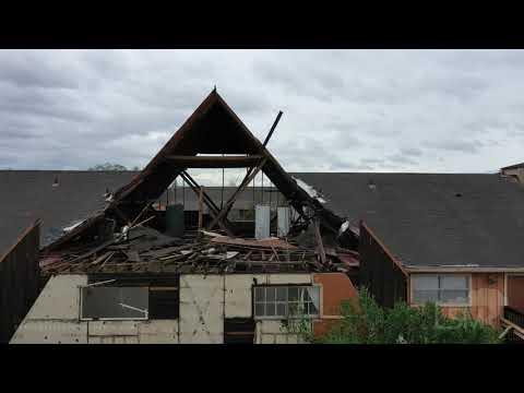 8-27-2020 Lake Charles, La Hurricane Laura Knocks Down Huge Radio Tower Crashing Into Home, Drone