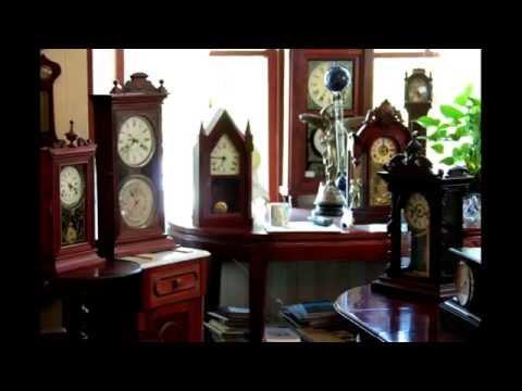Earth Minute Antique Clock Shop in Pacific Grove, CA