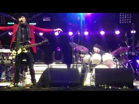 Beck - Hotwax - Live in San Francisco, Treasure Island Music Festival 2013