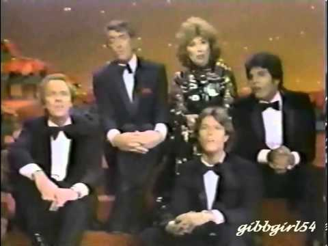 Andy Gibb   Dean Martin Christmas Special   6 Of 6