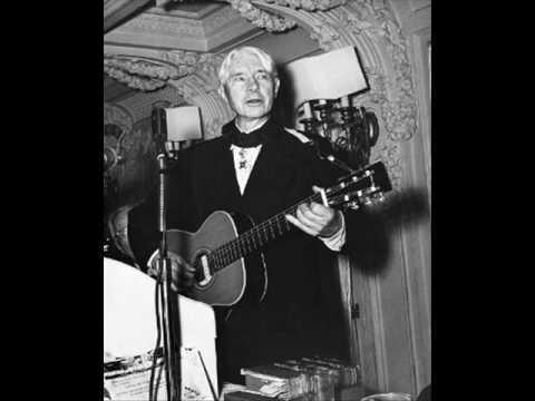 Carl Sandburg sings