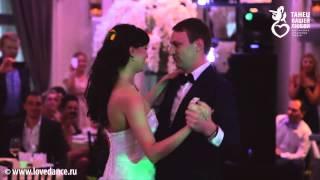 Супер красивый свадебный танец! Супер красивая пара!