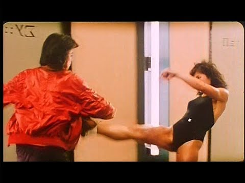 My Lucky Stars (1985) Lady Bodybuilder Kungfu Fight Scene (Samo Hung)