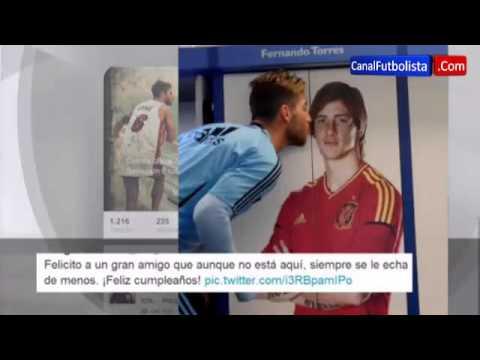 El beso de Sergio Ramos a Fernando Torres 2013