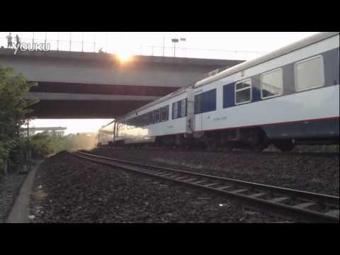 China Railway DF11G Diesel locomotive+Passenger train