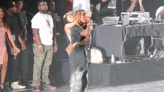 Fetty Wap Performing Trap Queen Live One Hell Of A Nite Tour