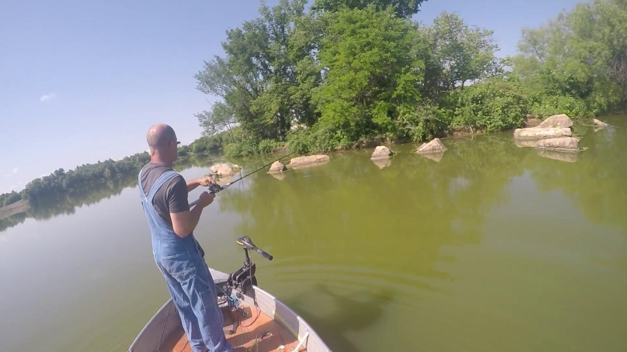 Bass fishing on hazel hill lake near warrensburg missouri for Bass fishing lakes near me