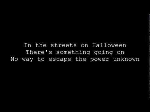 Helloween- Halloween lyrics on screen