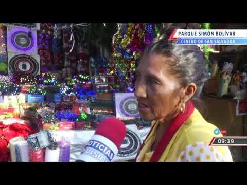 Comercio Navideño En San Salvador