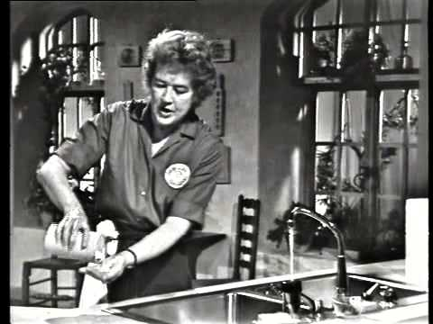 Julia child the french chef your own french onion soup youtube - Julia child cooking show ...