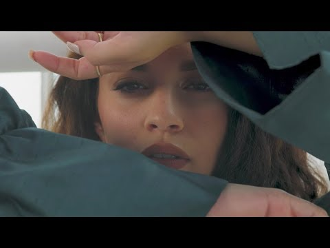 "Sabrina Claudio - ""Stand Still"" [Official Video]"