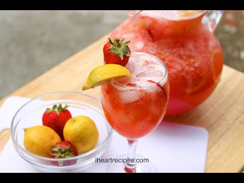 easy-strawberry-lemonade-recipe---homemade-lemonade---i-heart-recipes