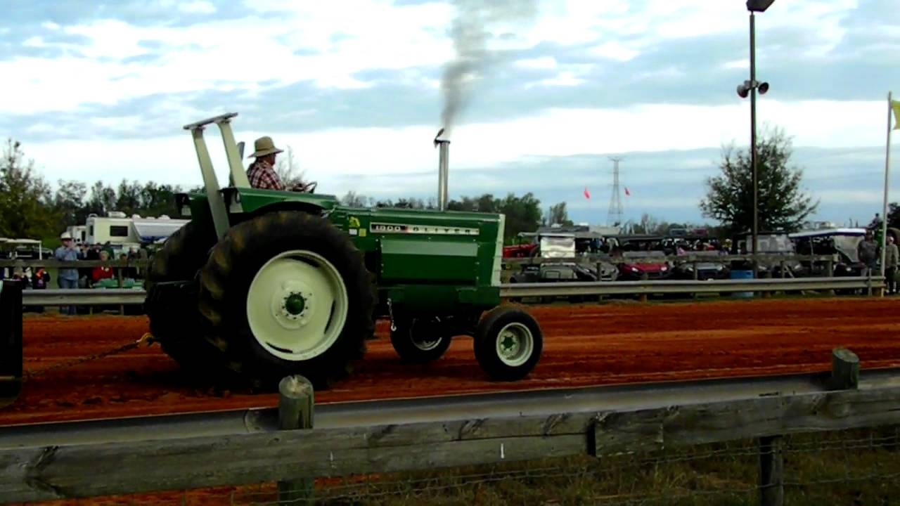 2 Wheel Tractor 1900 : Screaming jimmy oliver in tractor pull youtube
