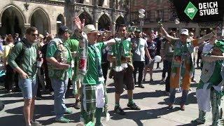 """""""Der SVW ist wieder da!"""" - Werder-Fans übernehmen Marienplatz in München"""