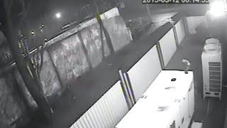 Підрив офісу «Самопомочі» в Одесі - 12.03.2015(На відео зафіксовано невідому особу, яка підкладає вибухівку біля офісу