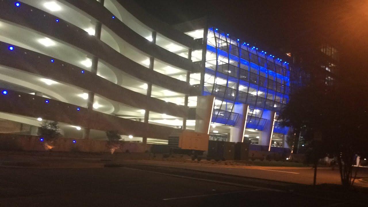 Charlotte Douglas International Airport Hourly Parking