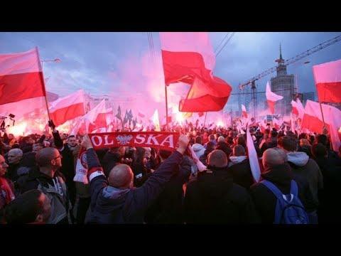 POLONIA, 60mila alla marcia nazionalista durante il Giorno Dell'Indipendenza -VIDEO