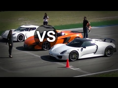 4k 50 350 km h race bugatti veyron vitesse vs koenig. Black Bedroom Furniture Sets. Home Design Ideas