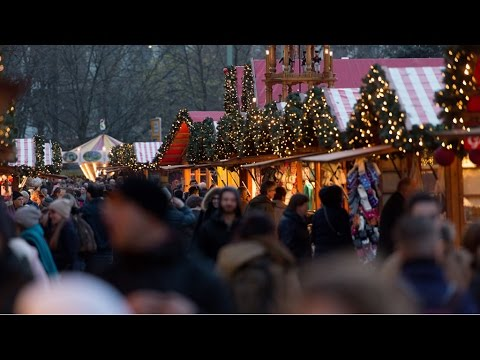 #360video: Christmas market at the Red Town Hall, Berlin