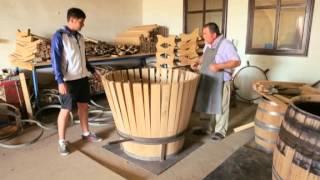 Как делают дубовые бочки на бондарне Фанагории(Редакция программы