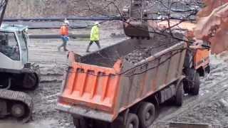 Budowa tunelu ☆ Łódź Fabr.- Widzew ☆ Park 3-Maja ☆ Zakládání staveb
