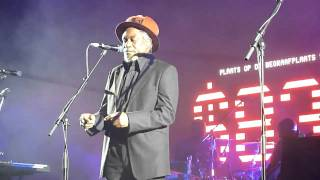 Massive Attack - Girl I love you (Ft. Horace Andy)
