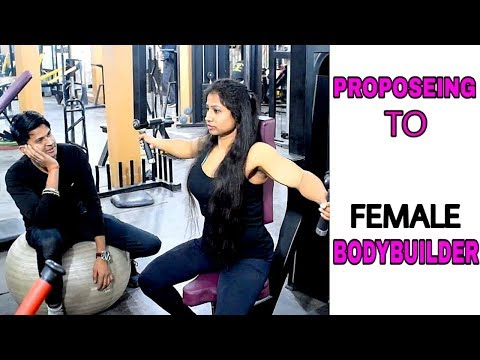 Proposing To Female Bodybuilder Prank || By Sumit Cool Dubey || Allahabad