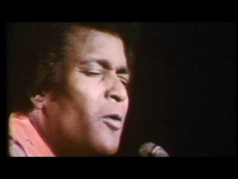 "Charley Pride -  ""Kaw Liga""  ((Live 1975))"