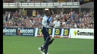 Repeat youtube video Brian Lara dismissed by a Woman