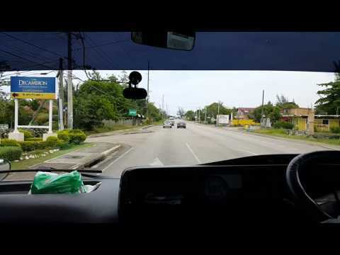 Traveling by bus in Ocho Rios Jamaica | Walinton Mosquera