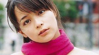 加藤ローサが松井大輔と結婚して2児の母になってから、2年ぶりに活動を...