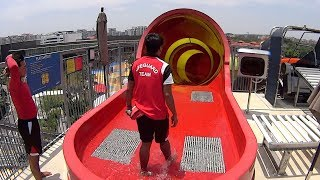 Wild Wild Wet Waterpark in Singapore (Ra...