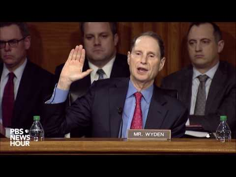 Sen. Ron Wyden questions Rep. Mike Pompeo on metadata collection