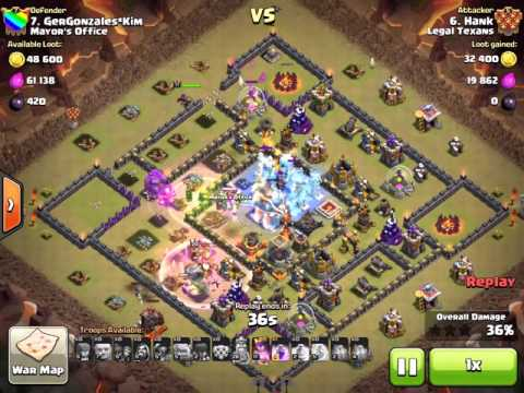 Town hall destroyed by golem splash. Clash of Clans