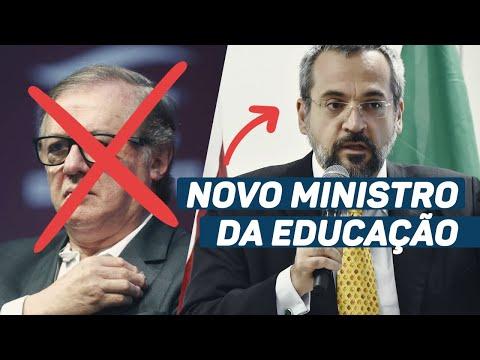 Bolsonaro demite Vélez e anuncia novo ministro da Educação
