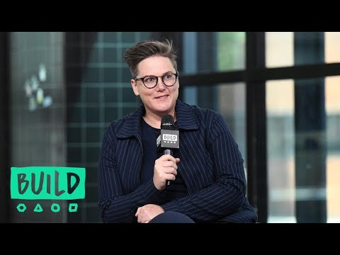 "Hannah Gadsby Chats About Her Netflix Special, ""Hannah Gadsby: Nanette"""