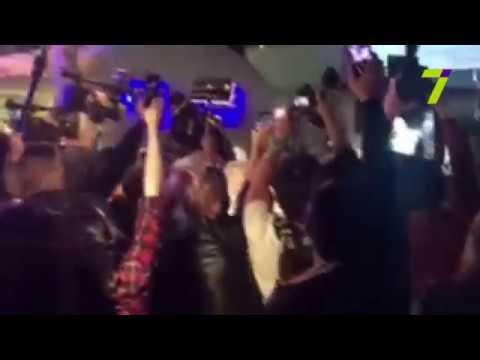 Новости 7 канал Одесса: В Аркадии подрались активисты и полиция: концерт Лободы все-таки отменили