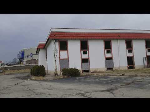 Abandoned North Plaza Hotel in Harrison Township/Dayton, Ohio
